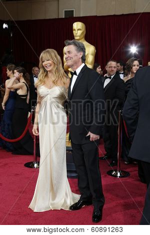 LOS ANGELES - MAR 2:  Goldie Hawn, Kurt Russell at the 86th Academy Awards at Dolby Theater, Hollywood & Highland on March 2, 2014 in Los Angeles, CA