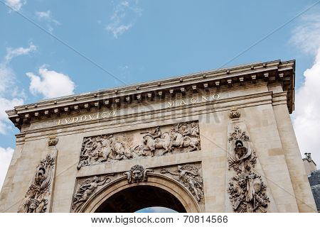 Porte Saint-denis, Paris, France Triumphal Arch