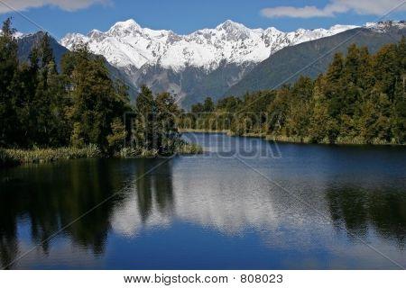 Lake_Matheson
