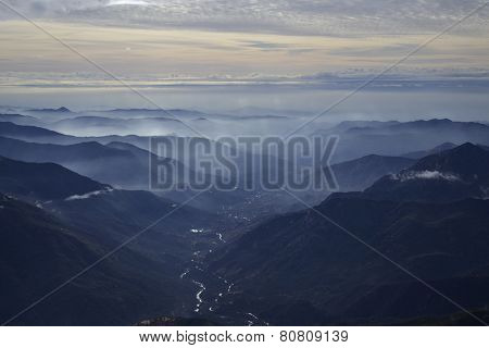 Afternoon on top of the Moro Rock