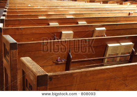 Bancas de la iglesia