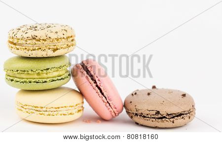 Five Macaron Cookies Arranged.