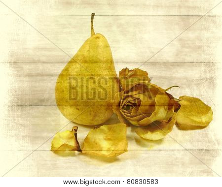 pear with refines rose