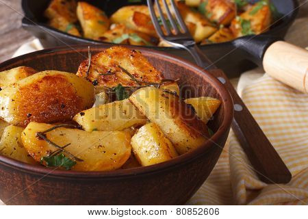 Tasty Hot Baked Potatoes In A Bowl Close-up Horizontal