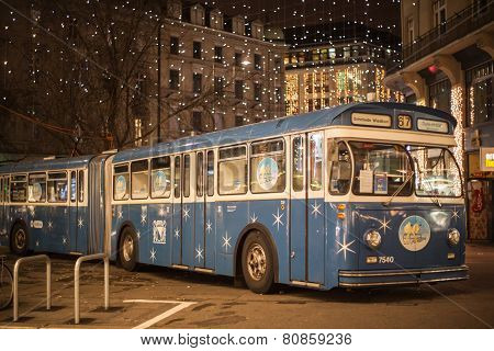 Christmas Bus In Zurich