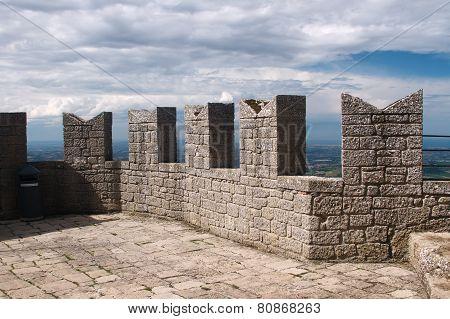 San-Marino towers top
