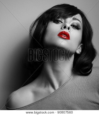 Sexy Model With Short Hair Style And Red Lips. Black And White