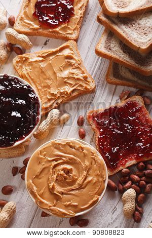 Sandwiches With Peanut Butter And Jelly Vertical