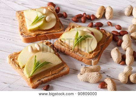 Healthy Breakfast: Toast With Fresh Apple And Peanut Butter