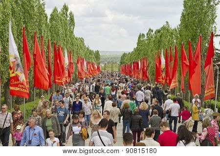 Large Number Of People Came On An Overcast Day On The Mamayev Kurgan Memorial To Honor The Memory Of