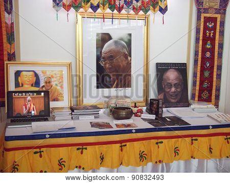 his holiness the 14th Dalila Rama