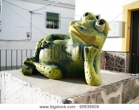 Reclining Frog