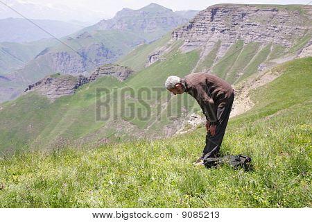 Praying Man Bowing