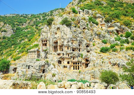 ancient Turkish city located in the rock