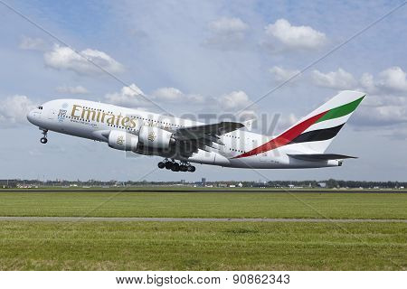 Amsterdam Airport Schiphol - Airbus A380 Of Emirates Takes Off