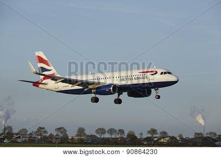 Amsterdam Airport Schiphol - Airbus A320 Of British Airways Lands