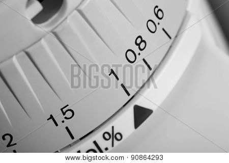 Control Knob With A Scale Of Measurement
