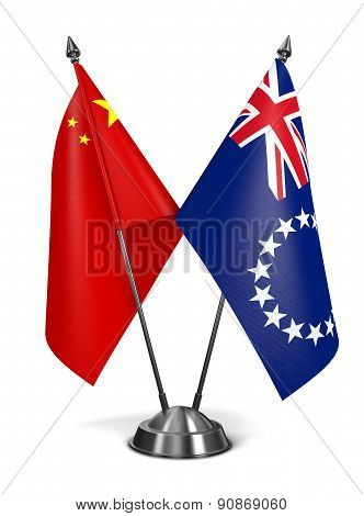 China and Cook Islands - Miniature Flags.