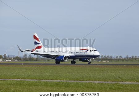 Amsterdam Airport Schiphol - Airbus A320 Of British Airways Lands