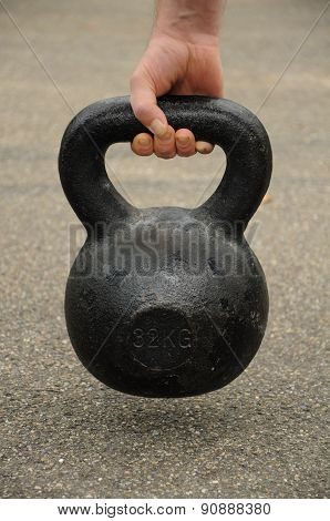 kettlebell of the ground