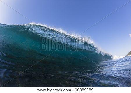 Wave Reef Water