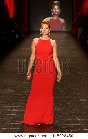 NEW YORK-FEB 11: Actress Candace Cameron-Bure wears Badgley Mischka at Go Red for Women Red Dress Collection 2016 Presented by Macy's at New York Fashion Week on February 11, 2016 in New York City.