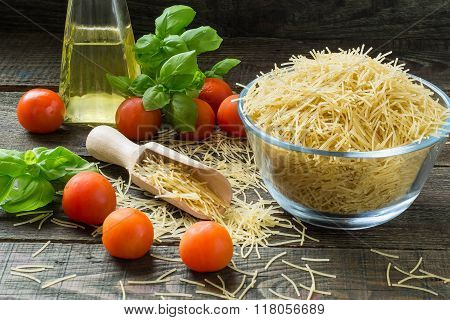 Dried Pasta Vermicelli, Cherry Tomatoes, Basil, Oil