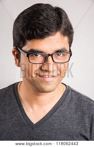 indian man with spects, indian man with plain glasses