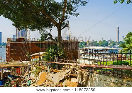 The Attractions On Nile River