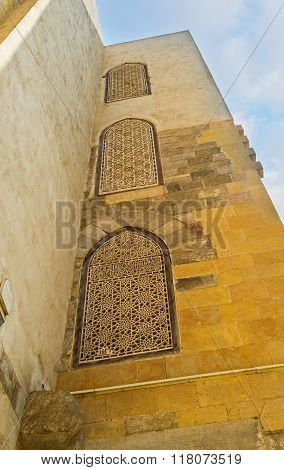 The Arabic Screens