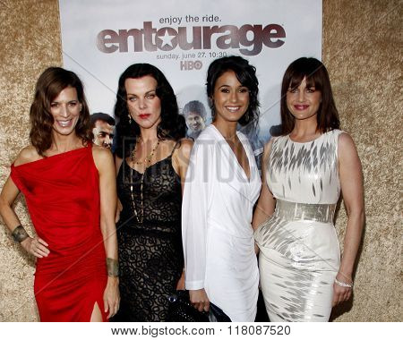 Perrey Reeves, Debi Mazar, Emmannuelle Chriqui and Carla Gugino at the Season 7 Premiere of