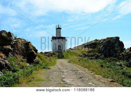Faro da Porta lighthouse (Islas Cies, Spain)