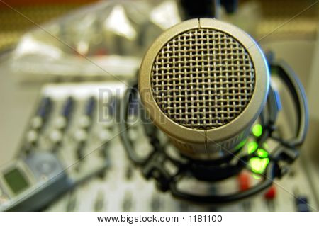 Microphone Sound Console
