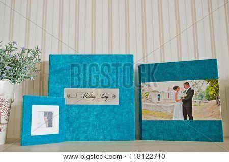 Blue Aqua Velvet Wedding Photobook And Album