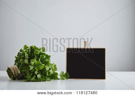 Batch Cilantro Parsley With Price Tag Isolated