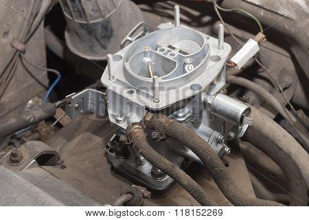 New Automobile Carburetor