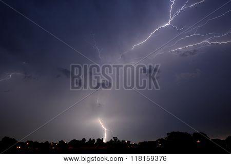 Kempton Lightning 4