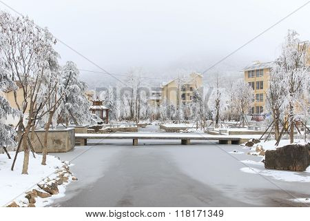 Da Shan Bao, China - February 2, 2016: City Center Covered With Snow In Da Shan Bao Yunnan