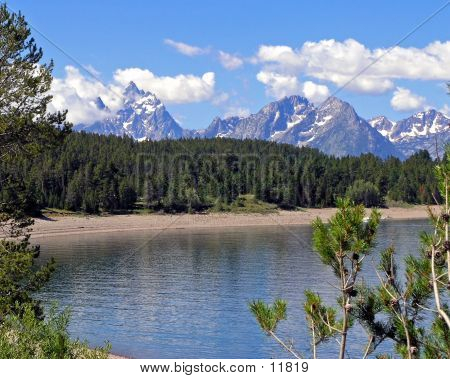 Teton Mountain Lake View