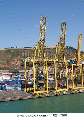 Container port cranes