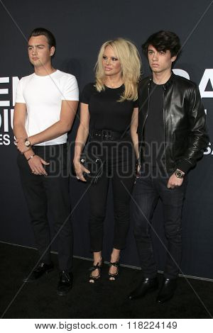 LOS ANGELES - FEB 10:  Brandon Lee, Pamela Anderson, Dylan Lee at the SAINT LAURENT At The Palladium at the Hollywood Palladium on February 10, 2016 in Los Angeles, CA