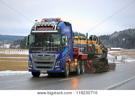 Volvo FH16 600 Truck Heavy Haul Along Highway