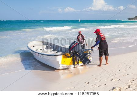 Motorboat With Local Drivers, Dominican Republic