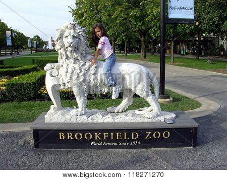 Lion Sculpture at the Brookfield Zoo.