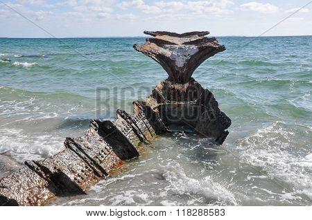 Shipwreck: Rusted Ruins