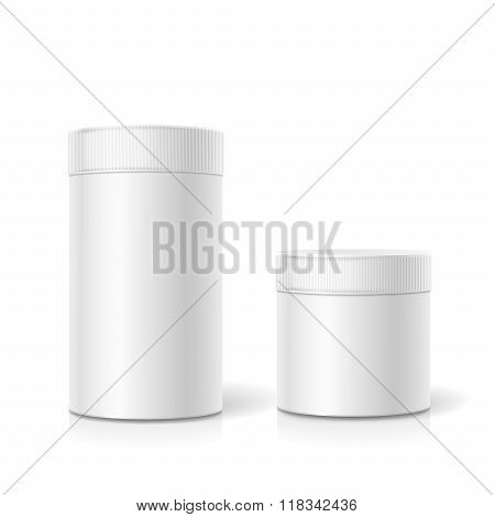 The cylindrical package. Empty white realistic box