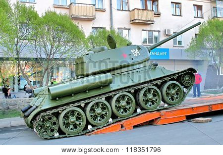 CHELYABINSK, RUSSIA - MAY 9: Legendary soviet medium tank T-34 exhibited at the annual Victory Parade on May 9, 2009 in Chelyabinsk, Russia.