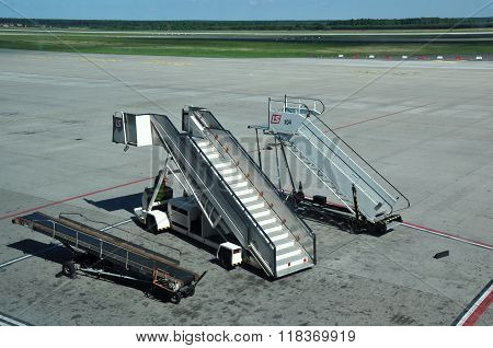Airport Movable Ramp