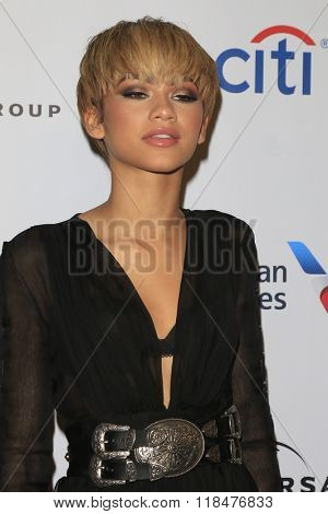 LOS ANGELES - FEB 15:  Zendaya Coleman at the Universal Music Group's 2016 Grammy After Party at the Ace Hotel on February 15, 2016 in Los Angeles, CA