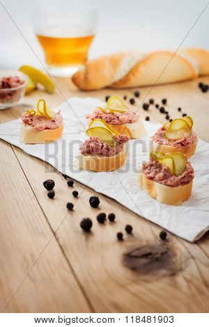 Fingerfood with pate